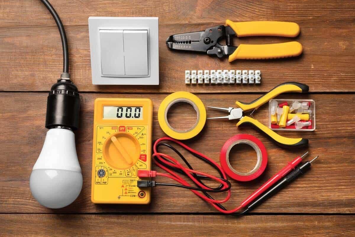 電気工事の必須アイテムとは?