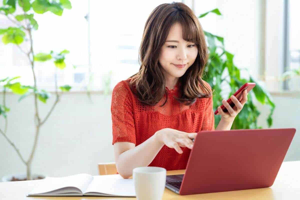 まとめ:英語学習にはU-NEXTが一番おすすめ!【料金で選ぶならHulu】